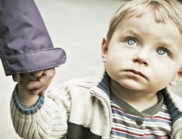 Підозрюваного у викраденні дитини передали правоохоронцям Луцька