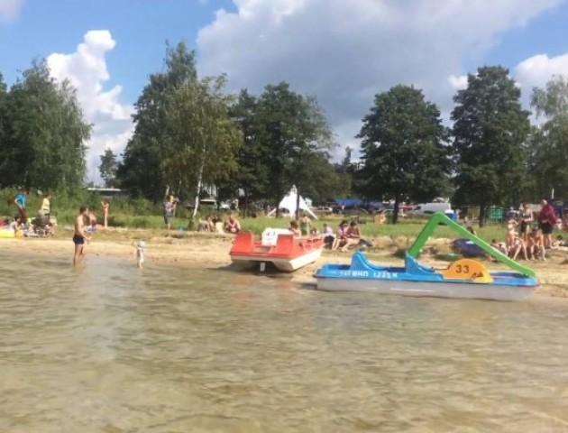 Шацькі озера – у ТОП-9 кращих не морських пляжів