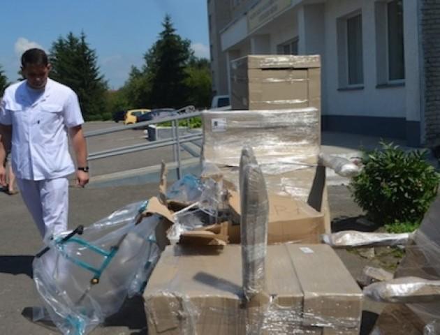За гроші «Медіа-кави» купили обладнання в госпіталь на суму понад 30 тисяч