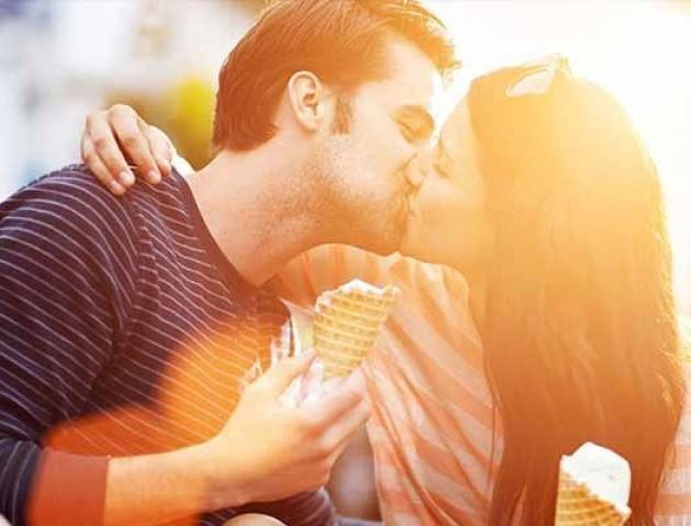 До Дня поцілунків: 7 неймовірно корисних властивостей