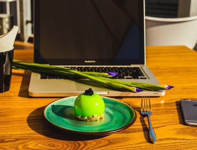 Ring Dj Cafe запрошує на смачні десерти