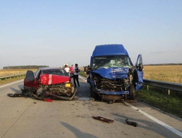 На автошляху Київ-Ковель 26-річний волинянин спричинив подвійну ДТП