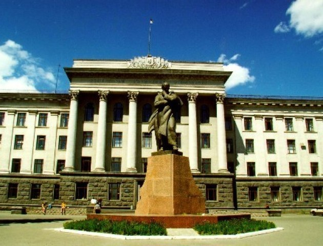 Волинські студенти платитимуть за навчання і гуртожиток через QR-коди