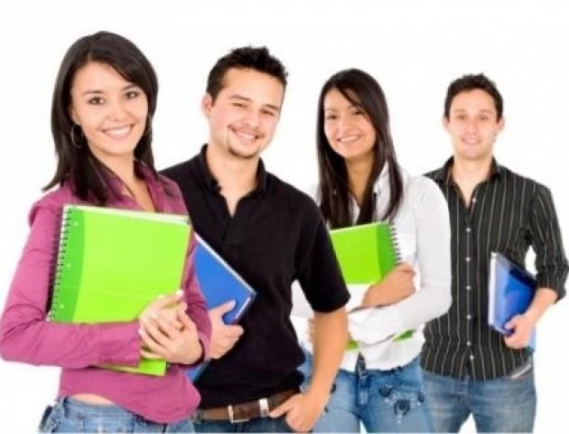 Робота для студентів: де пропонують і скільки платять