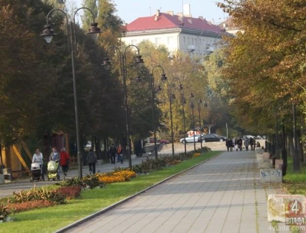 Адекватні лучани об'єдналися, а лузери не задоволені життям: Ігор Алексєєв про реконструкцію парку