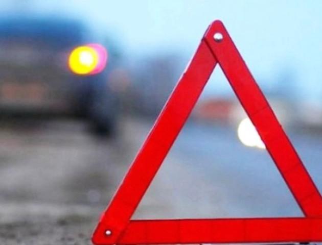 Поліція Волині розшукує водійку, яка збила пенсіонера та зникла з місця ДТП