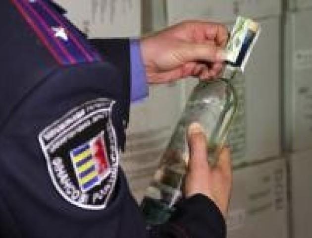 Волинські фіскали покарали підприємців, що продавали сурогат