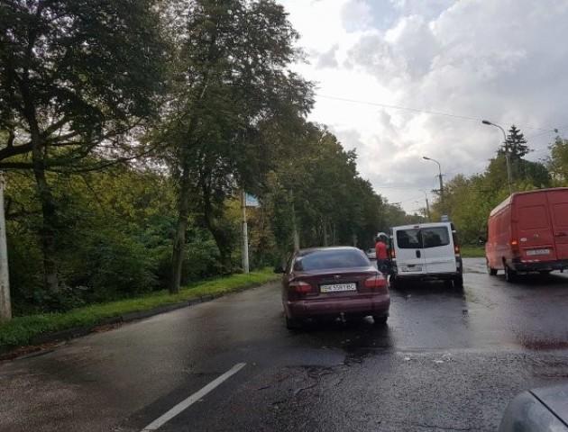 На одній із найзавантаженіших вулиць Луцька - чергова ДТП