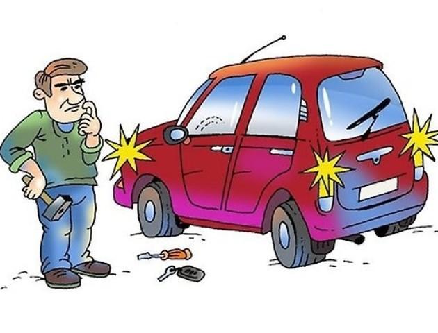 «Сигналка» авто півтори доби тероризувала луцький двір. ВІДЕО