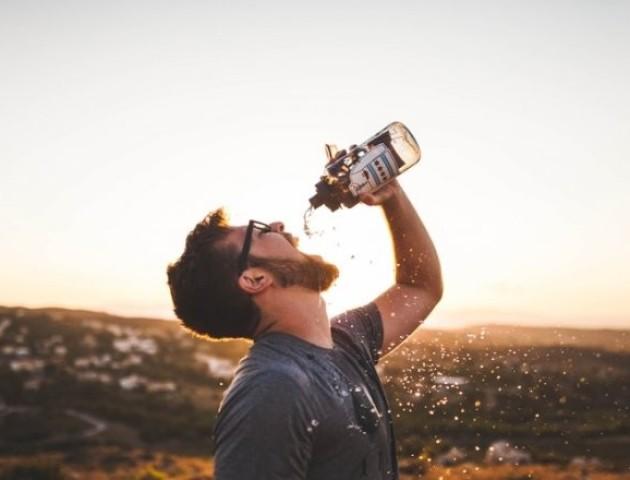 Правило склянки: коли найкраще пити воду