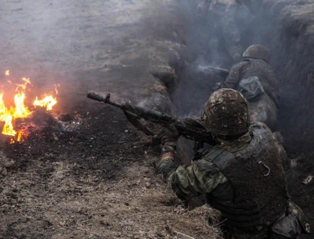 Доба в АТО: бойовики 22 рази обстріляли українські позиції і продовжують провокувати