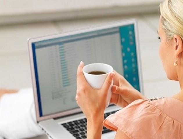 Працівники в офісі VS віддалені працівники: хто працює краще?