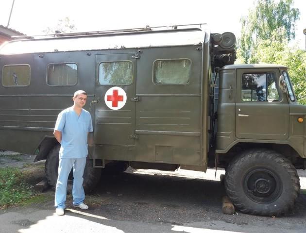 Оперували скрізь і всіх, навіть полонених, - спогади військового хірурга про Іловайськ