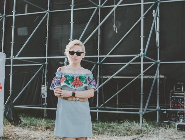 Луцьку ведучу Вікторію Жуковську не пустили у нічний клуб