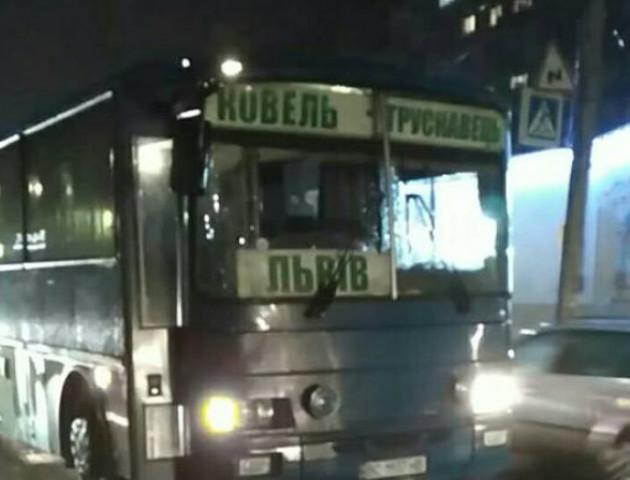 У Ковелі автобус до Трускавця на переході збив жінку