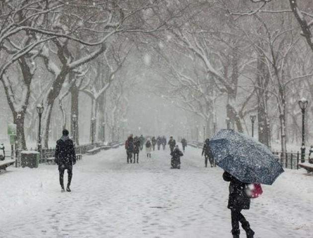 Сніг і мороз до -8: якою буде погода на вихідних