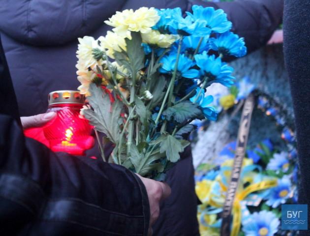 Як у Володимирі вшанували пам'ять полеглих Героїв. ФОТО