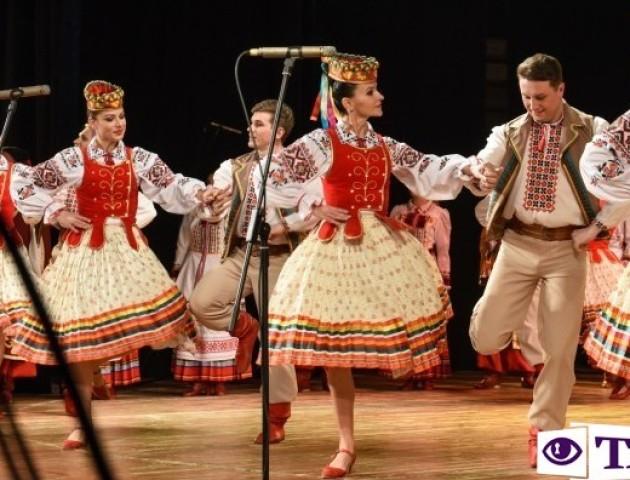 З танцями та піснями: Волинський народний хор відзначає 40-річний ювілей. ФОТО