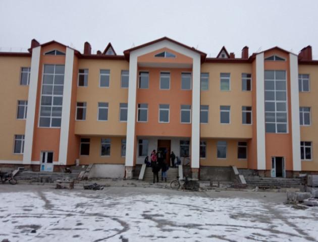 На Волині завершують будівництво скандальної школи. ФОТО