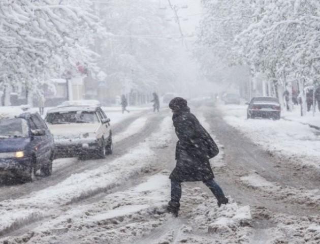 Сніг у Луцьку прибиратимуть за 4 мільйони гривень