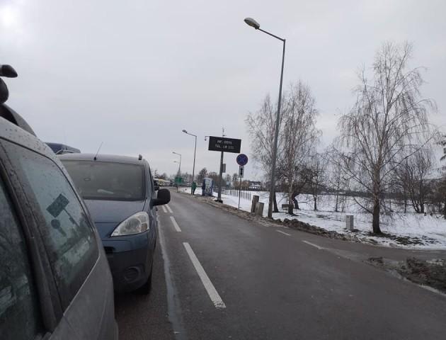 На волинських кордонах - кілометрові черги