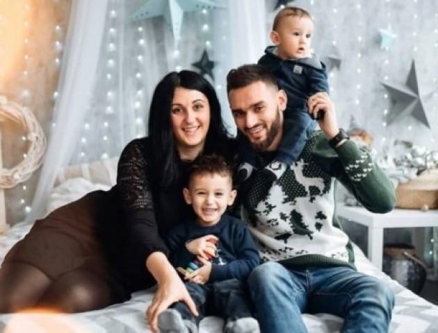 Відомий фотограф з Луцька поділився зворушливими світлинами зі своєю сім'ю