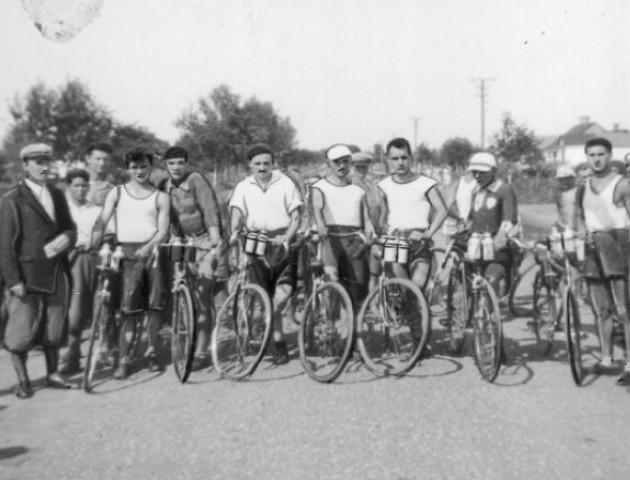 Якими були спортивні волиняни на фото 1930-х років