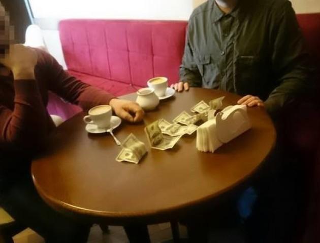 На Рівненщині затримали на хабарі «бурштинового мафіозі»