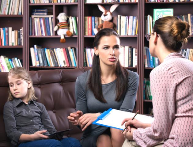 МОН розповіло, нащо психологи і соціальні педагоги у школах. Пропонують обговорити