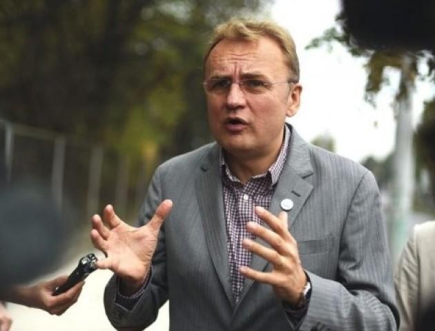 Якщо ви посмієте піти проти Петра Порошенка - Андрій Садовий