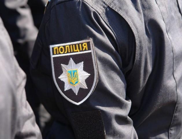 Хотіли купити будинок, а обікрали власника: у Володимирі циганки винесли 14 тисяч