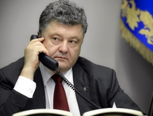 Порошенка допитають як свідка у справі про держзраду Януковича