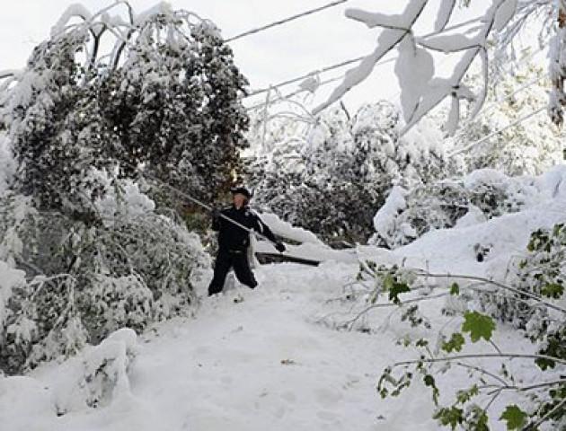 У вівторок Україну накриють снігопади й хуртовини