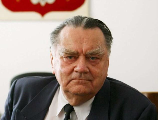 Екс-прем'єр Польщі: Бандера не відповідальний за Волинську трагедію