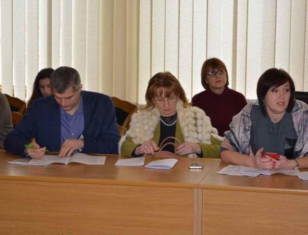 Місцевим громадам  - 10 млн грн в цьому році, - позиція бюджетної комісії   Волинська обласна рада