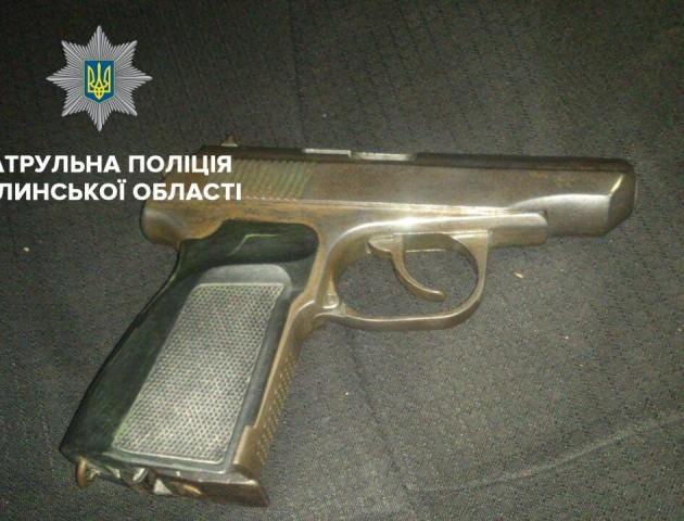 У Луцьку поблизу нічного клубу стріляли молодики. ВІДЕО