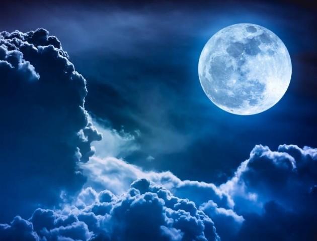 Видно і без телескопа. Що можна спостерігати на нічному небі у березні