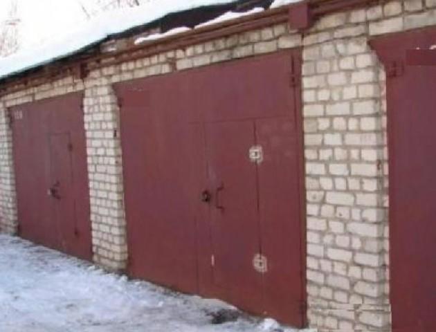 Уволинянина «почистили» гараж на 8 тисяч