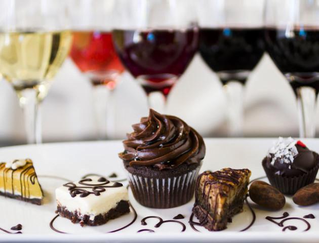 Чому не варто відмовлятися від вина та шоколаду, і до чого тут віруси. Дослідження