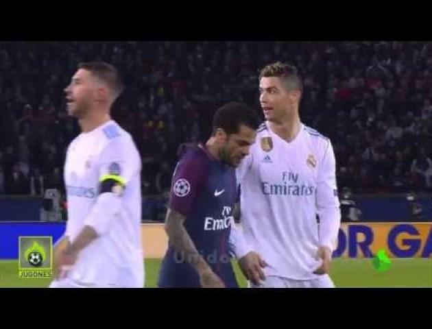 ПСЖ – Реал: Дані Алвес висякався та витер руку об футболку Роналду