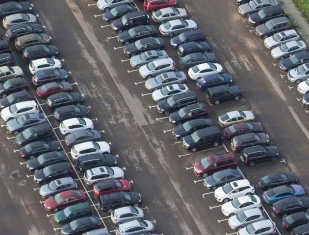 Продаж вживаних авто зріс в два рази: які марки купують українці