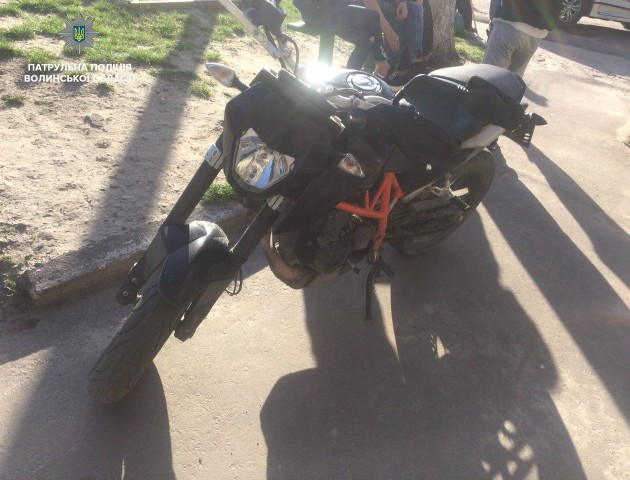 У Ковелі водій на краденому в Італії мотоциклі втікав від патрульних. ФОТО. ВІДЕО
