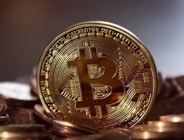 Шахраї запустили фейкову криптогривню