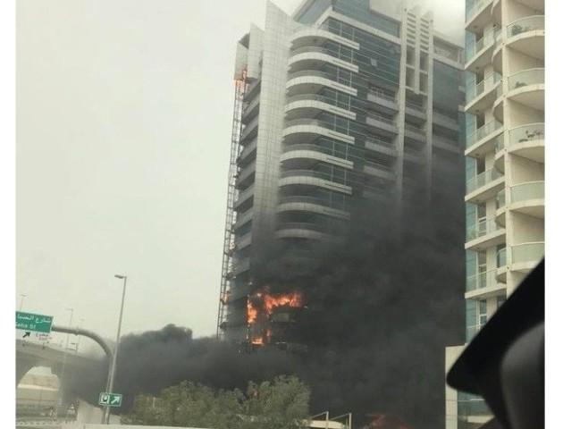 У Дубаї горить хмарочос Zen Tower. ВІДЕО. ФОТО