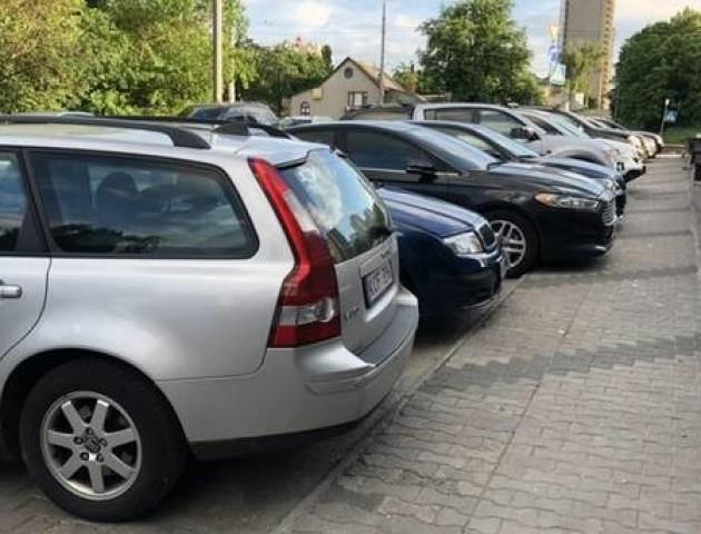 Верховна Рада пропонує нові покарання для водіїв на «євробляхах»