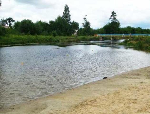 Повідомили, де на Волині не можна купатися