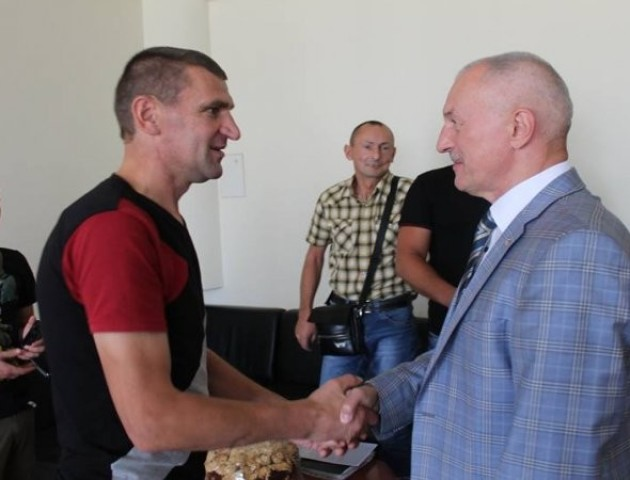 Волинський «кіборг» подякував Олександру Савченко