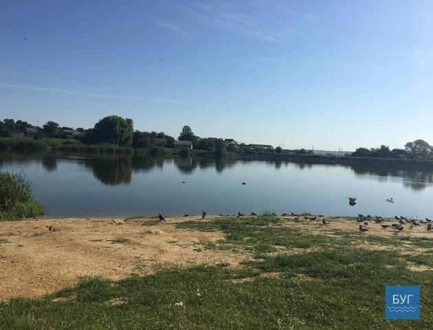 У волинському озері заборонили купатися