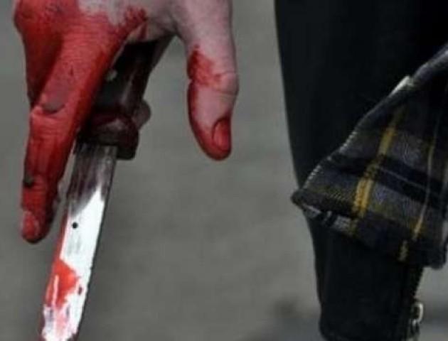 Квартирний ремонт обернувся криміналом: у Луцьку через гроші чоловікові двічі встромили ножа в груди