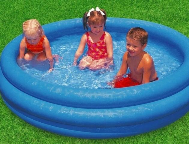 Назвали найбільш небезпечні іграшки для дітей влітку